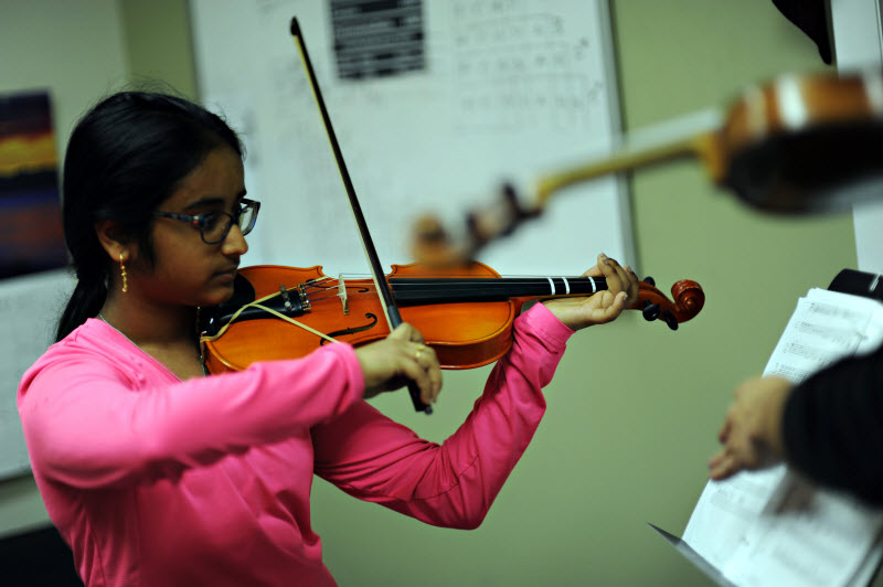 Youth Violin Lesson | Community Music School Collegeville