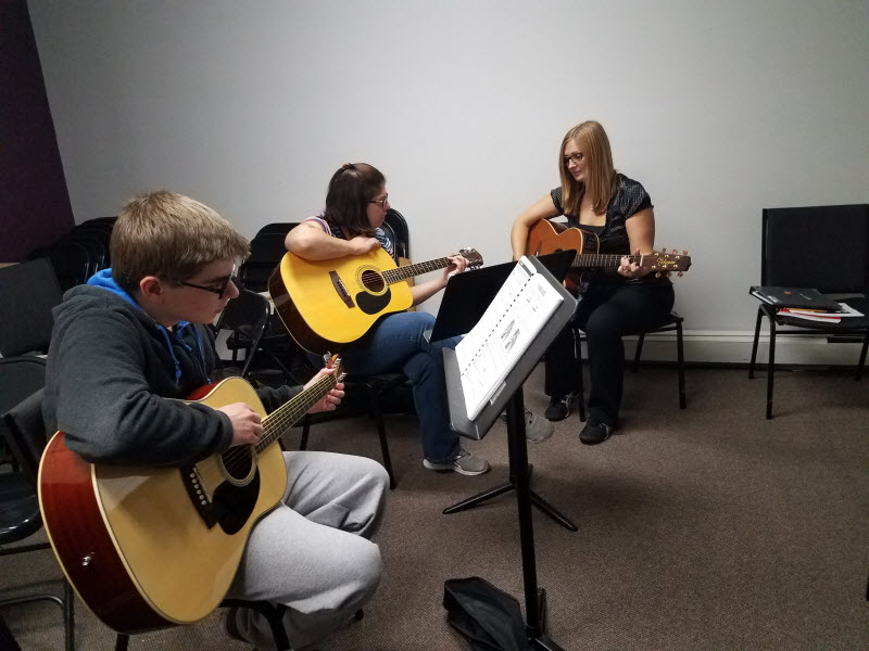 Guitar Lesson | Community Music School Collegeville